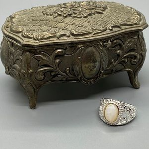 Avon Sterling Ring